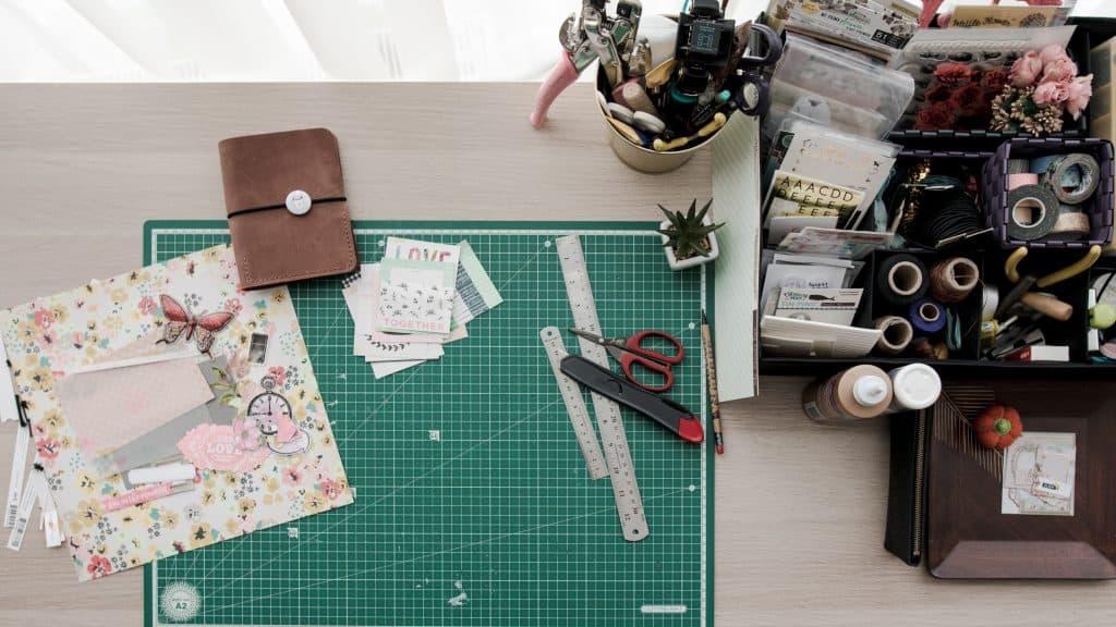 pregnancy bed rest - start a custom baby scrapbook