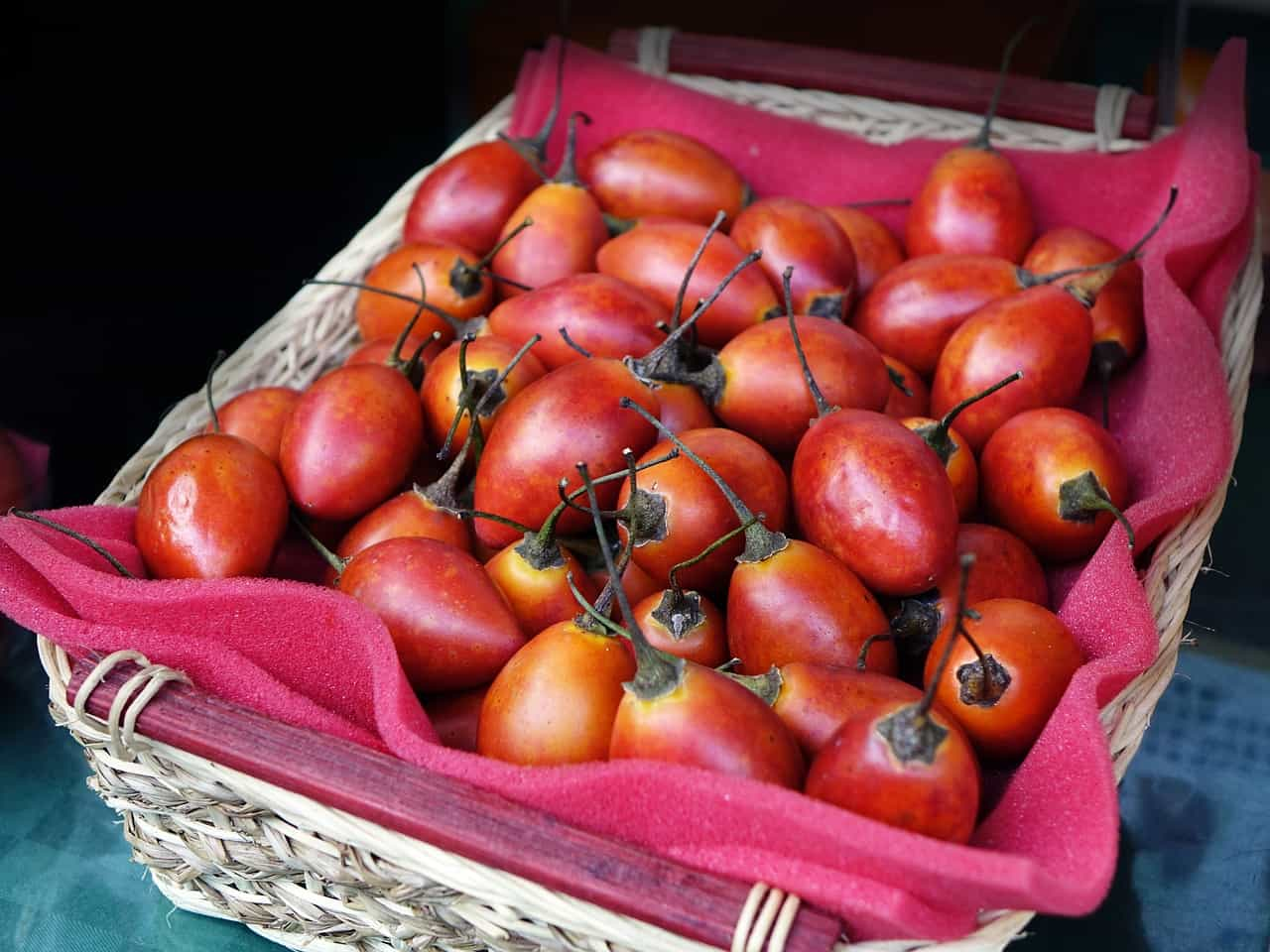 Foods that start with t - Tamarillo