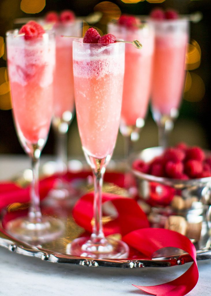 Christmas Breakfast and Brunch Ideas | Raspberry Ceam Mimosas by Jonathan Stiers