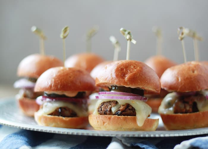Spicy Black Bean Sliders with Chipotle Mayonnaise by Kitchen Treaty |Super Bowl Party Food Ideas for your next super bowl party.  Get Super Bowl recipes for appetizers, main dishes,  chicken wings, drinks and cocktails. Find party food recipes to make your football party a crowd favorite. #superbowl #partyfood #partyrecipes #foodanddrink #superbowlparty #HWS #healthywealthyskinny