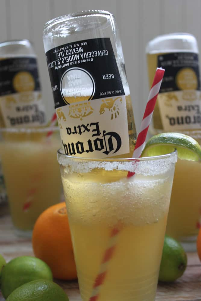 Frosty Mexican Bulldog Margarita by Bay Area Bites | Super Bowl Party Food Ideas for your next super bowl party.  Get Super Bowl recipes for appetizers, main dishes,  chicken wings, drinks and cocktails. Find party food recipes to make your football party a crowd favorite. #superbowl #partyfood #partyrecipes #foodanddrink #superbowlparty #HWS #healthywealthyskinny