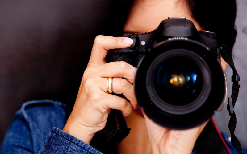 How to Make Extra Money When You're Broke - Photography Services