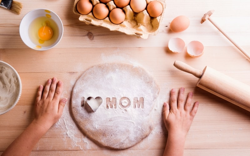 What Moms Really Want on Mother's Day - Home Cooked Meal