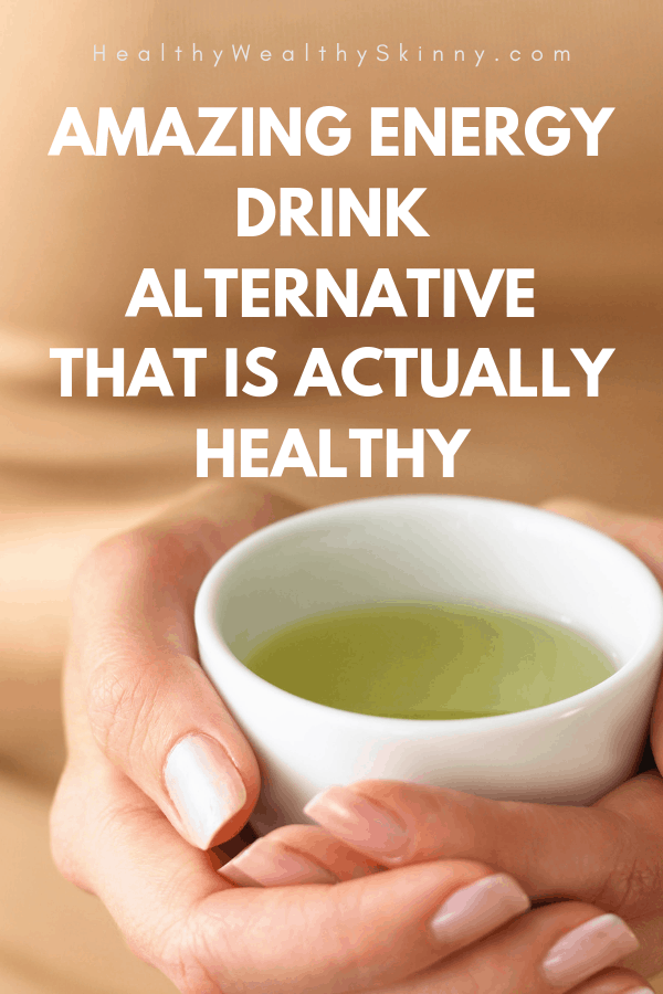 Have you wondered what to drink instead of Red Bull? Are you trying to cut down on coffee or soda? Find out an amazing energy drink alternative that is actually healthy.  This one drink will give you energy and provide you with multiple health benefits. #energydrinks #energydrinkalternative #greentea #matcha #matchagreentea #healthydrinks #HWS #healthywealthyskinny