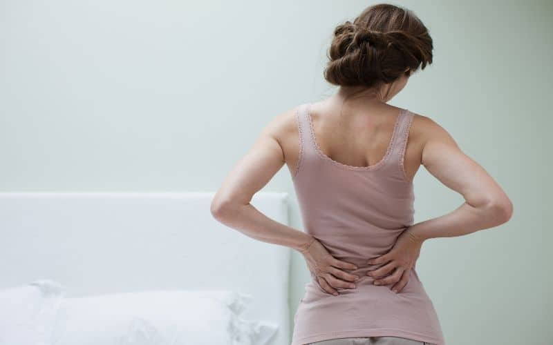 Benefits of sleeping on the floor - Less Back Pain