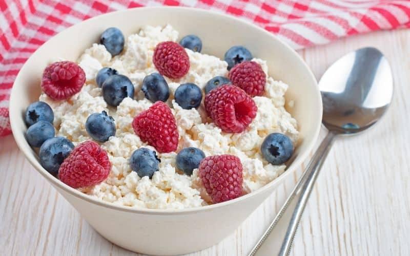 Metabolism Boosting Breakfast Foods - Low Fat Dairy